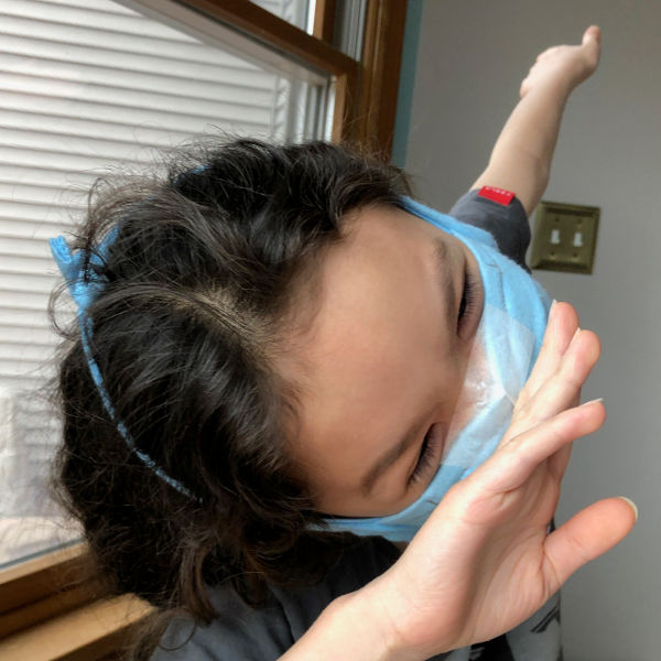 how to wear a surgical mask comfortably